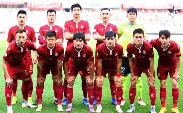 中国足球根基被腰斩!中乙第9名踢中甲,20支球队离开乙级联赛