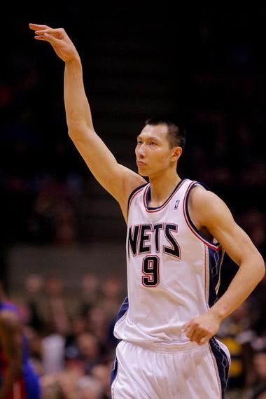 易建聯輕傷不下火線,狂砍31分創個人NBA生涯新高! ?
