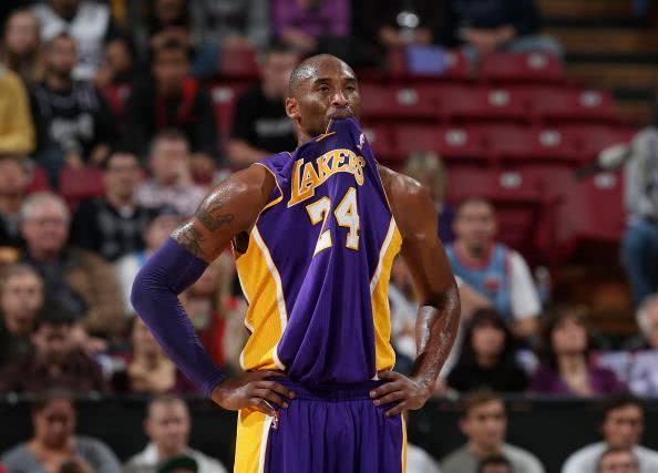 只有4个人真正统治过NBA!库里小卡还不够资格 