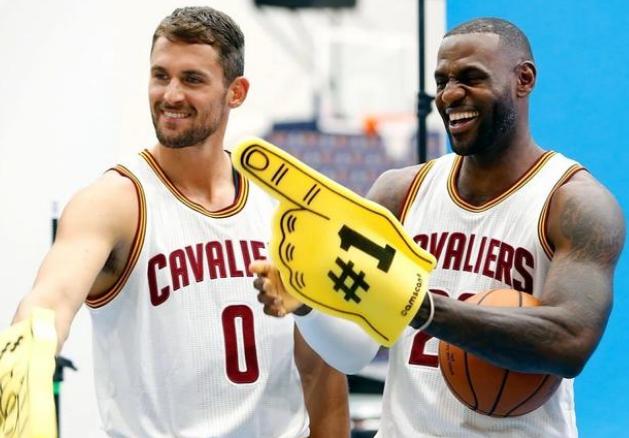 群星闪耀NBA,近10年来最具有统治力的球员 