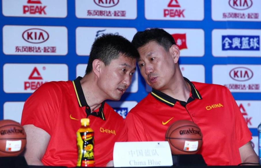 与杜锋竞逐CBA,中国男篮成潜在受益者