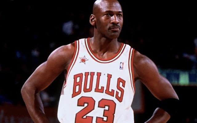 乔丹会忧虑人们在未来以为NBA第一人是詹姆斯,而不是他 