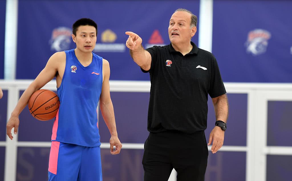 上海男篮成CBA目前最齐整球队 外教:我听说联赛或5月2日重启