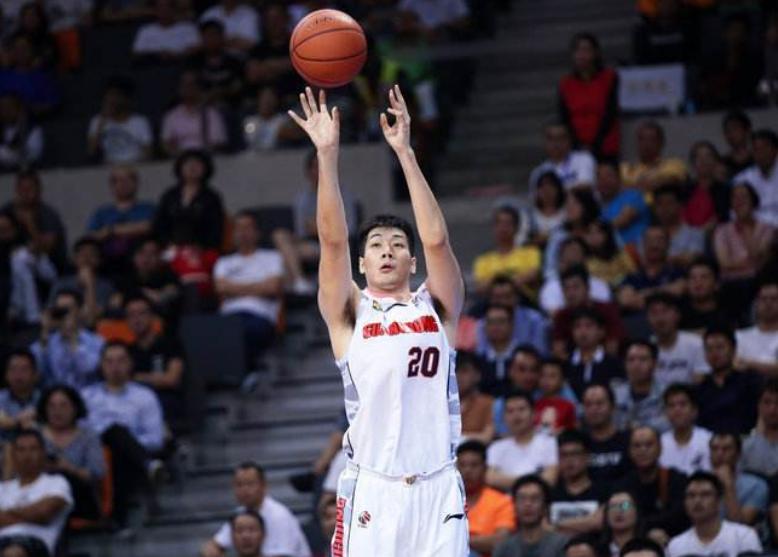 中国男篮最低调国手!冠军主力知名度却不高