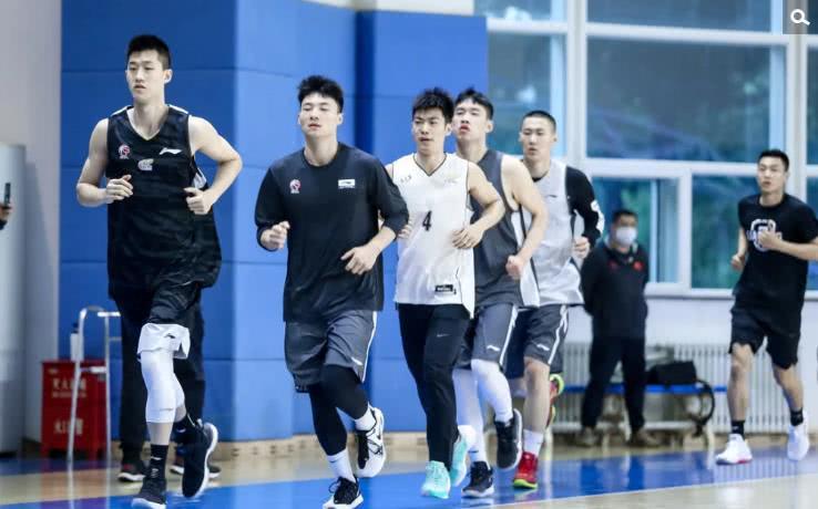 辽宁队未来两人体现很重要 是郭士强战术关键一环 
