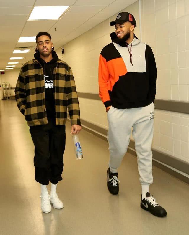 NBA球员上脚:森林狼队的球鞋,比斯利穿詹姆斯的战靴!