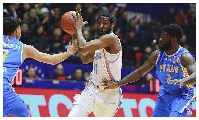 3个外援都没回来!新疆男篮冲冠难度徒增 