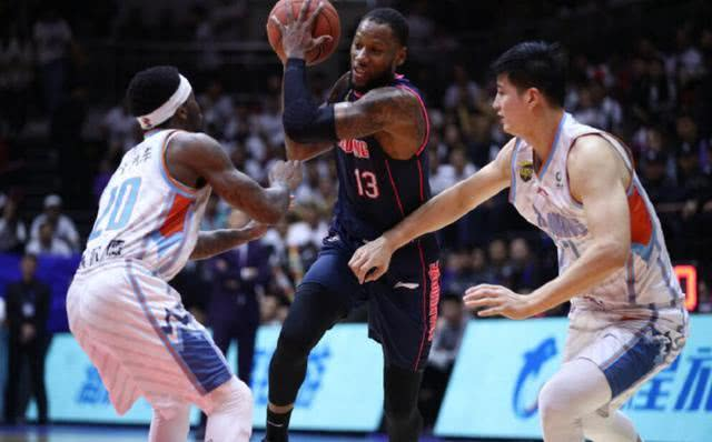 分析:单外援的广东男篮,他们还是头号夺冠热门吗?