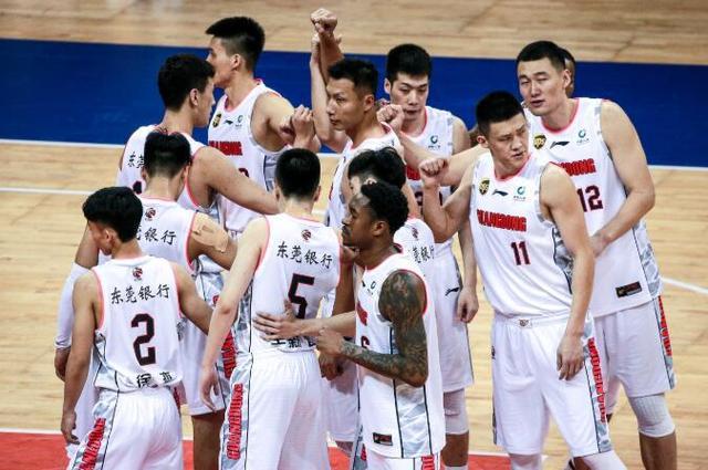 广东今晚冲击复赛5连胜 主力停赛影响不大 ?