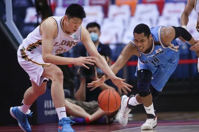 林书豪低迷只得9分,北京首钢送广厦复赛4连胜 