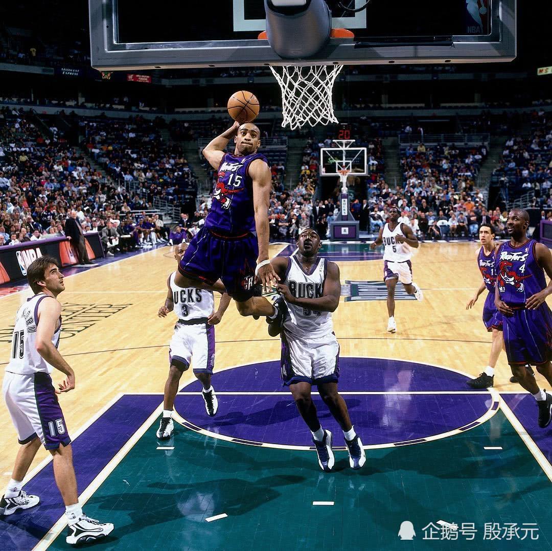 卡特现已正式宣告从NBA退役,完毕22年的NBA生涯 