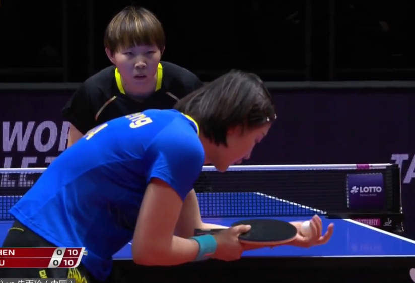 德国公开赛迎来了最后一个竞赛日,女单半决赛首先打响,朱雨玲与陈梦的竞赛最先开始。