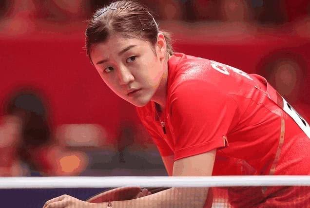陈梦完胜丁宁,赛后采访时沉默不谈东京奥运会,过于自信?
