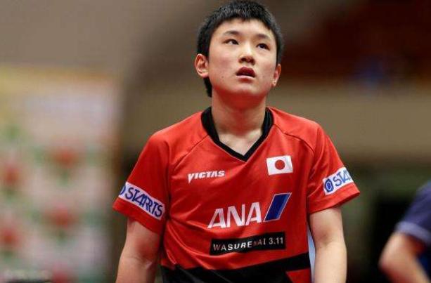 日本选手夺冠期望幻灭!伊藤美诚和张本智和脸上挂不住了,太难了