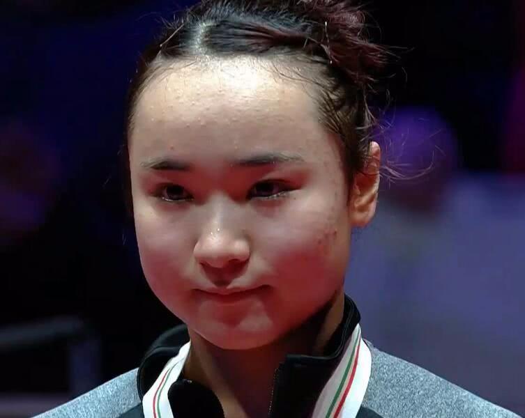 伊藤美诚夺冠喜极而泣!颁奖时眼含泪花,赛后发声