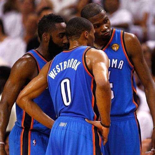 2012年总决赛,杜兰特场均30分6篮板,威少的体现怎样?