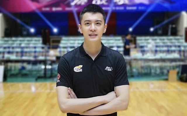深圳和天津男篮的热身赛是本赛季首次揭露亮相的比赛  