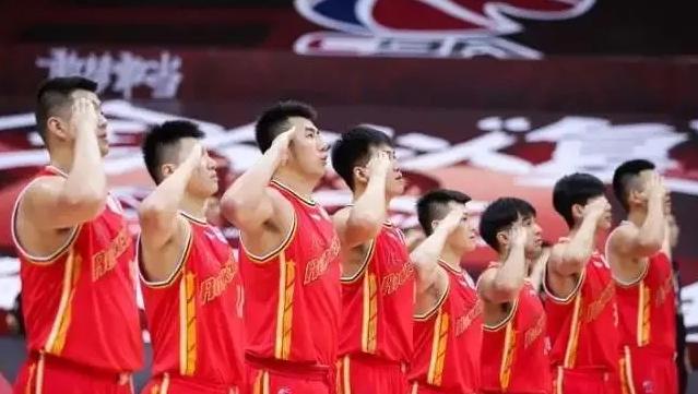 八一退出由体育局审理,广州参谋去快船,张镇麟谈首秀   