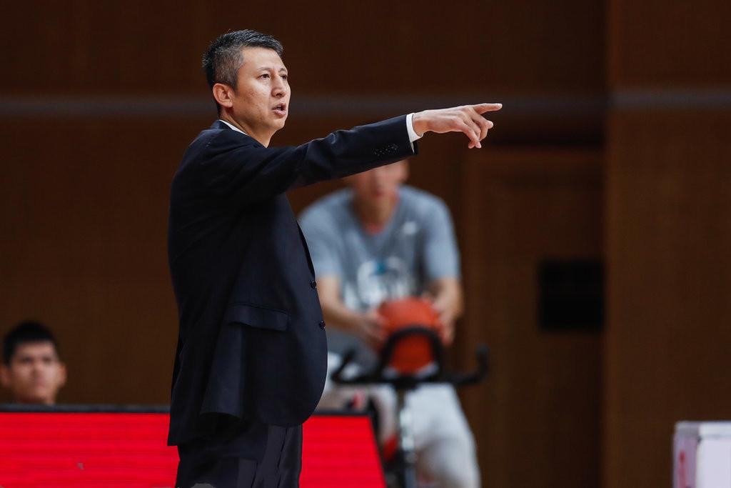 CBA第二轮一场竞赛在青岛与广州之间进行