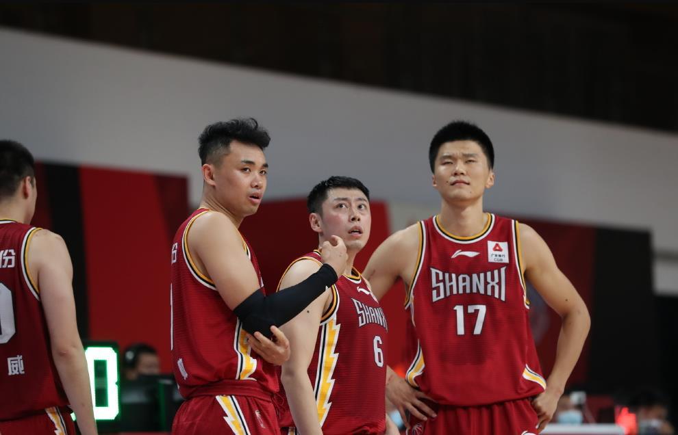 两战砍31+15,广东男篮旧将证明自己,曾靠防卫马布里成名