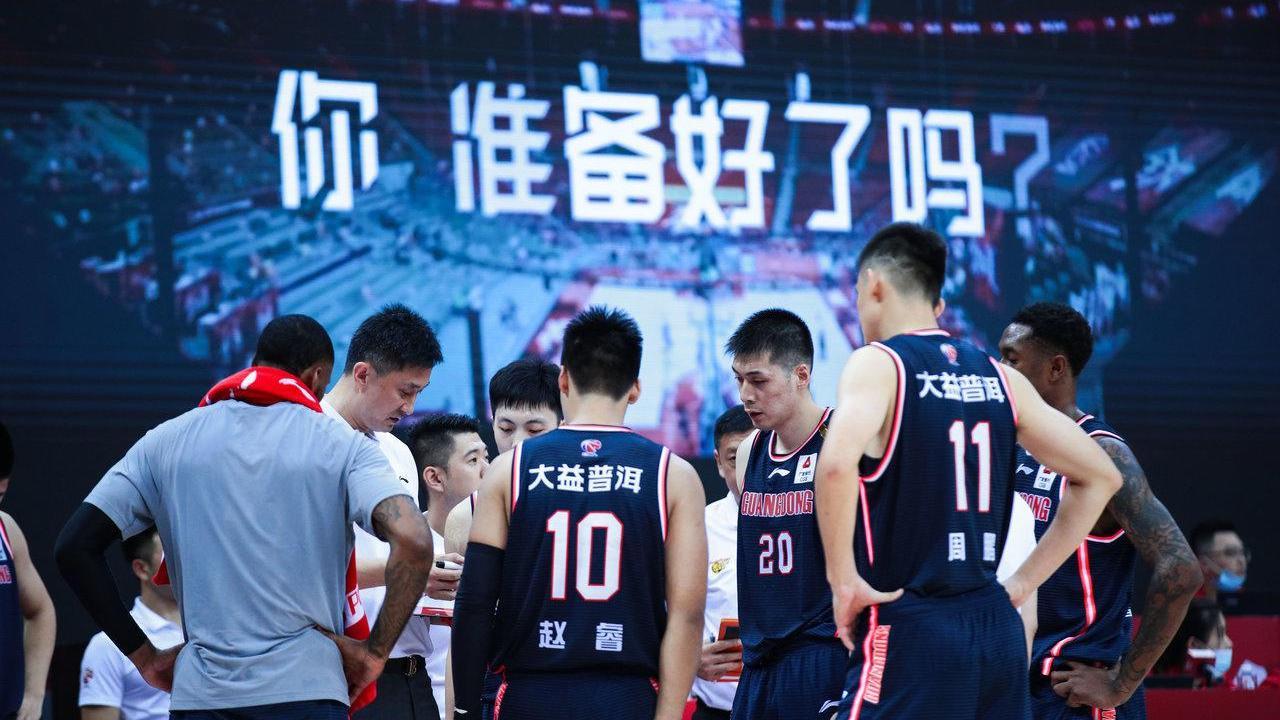 广东宏远30岁国手遭禁赛,杜锋该怎么办? 