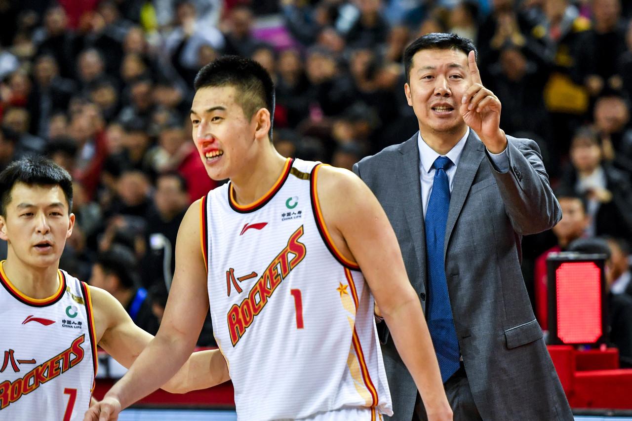 从付豪的重视列表中能够看出,他还重视了辽宁男篮DJ梁佳烁
