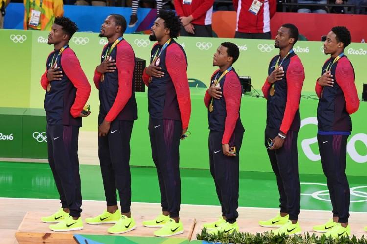 美国男篮丑闻!梦12队奥运逛倡寮,4人身份曝光,1超巨刚打总决赛 