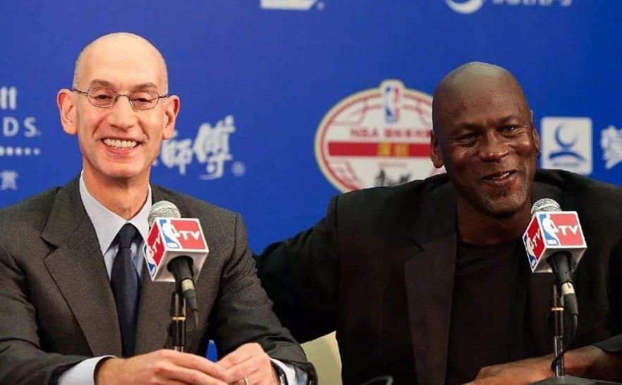 肖华作出新决议:NBA提早,多挣5亿!詹姆斯2连冠难!勇士真开心 