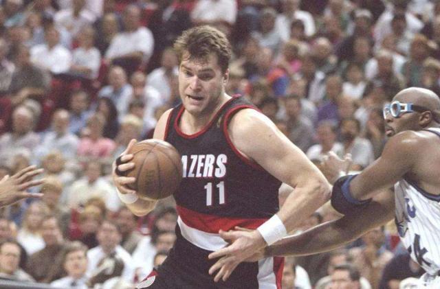 NBA生计场均仅有12分,是什么原因让他中选名人堂?