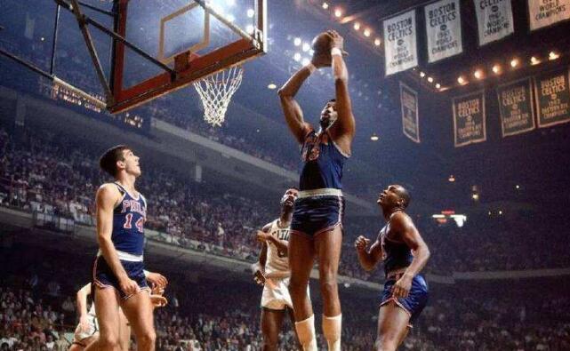 20000个篮板关于NBA篮板手来说简单吗?罗德曼与之比较呢?