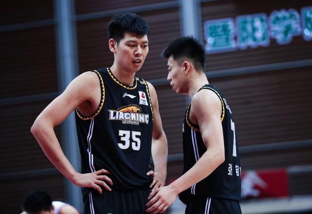 辽宁队重返沈阳休整,张镇麟的赛季最佳新秀有困难