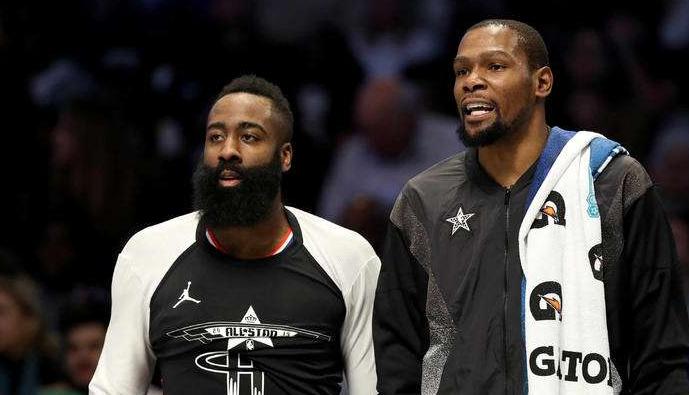 NBA官宣!4笔签约敲定,篮网火箭买卖哈登方案曝光,湖人酿大买卖 