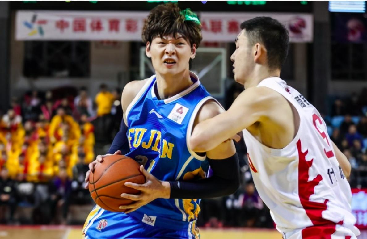 中国男篮11连败超巨开口耐人寻味,广东双冠王笑了