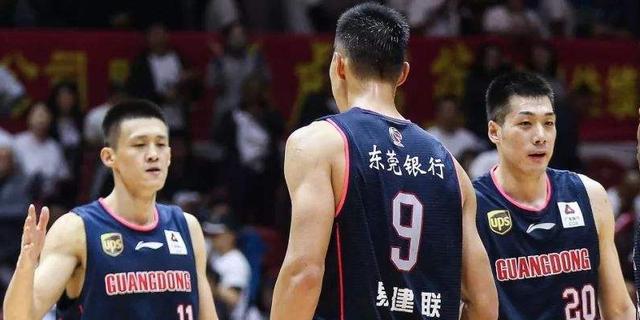 """广东队2消息!阿联伤病最新状况,球队为夺冠签约一""""新外援"""""""