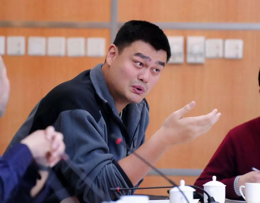 姚明遭媒体评论员炮轰,杨毅痛批CBA越办越差,CBA格式又乱了吗?