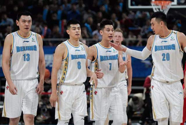 北京男篮迎来好消息!球队一向和书豪坚持沟通,后者或重返CBA 