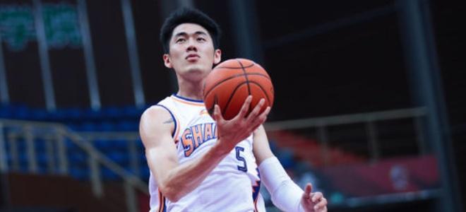 大手笔操作却遭受伤病侵袭,上海男篮能否在第二阶段结束逆袭?