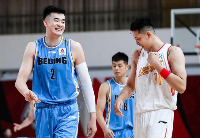 CBA最新排名!辽宁榜首,广东10连胜,新疆第5,北京回季后赛区域
