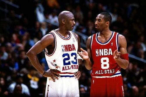 库里改变了篮球的打法 有人说他比肩乔丹跟詹姆斯