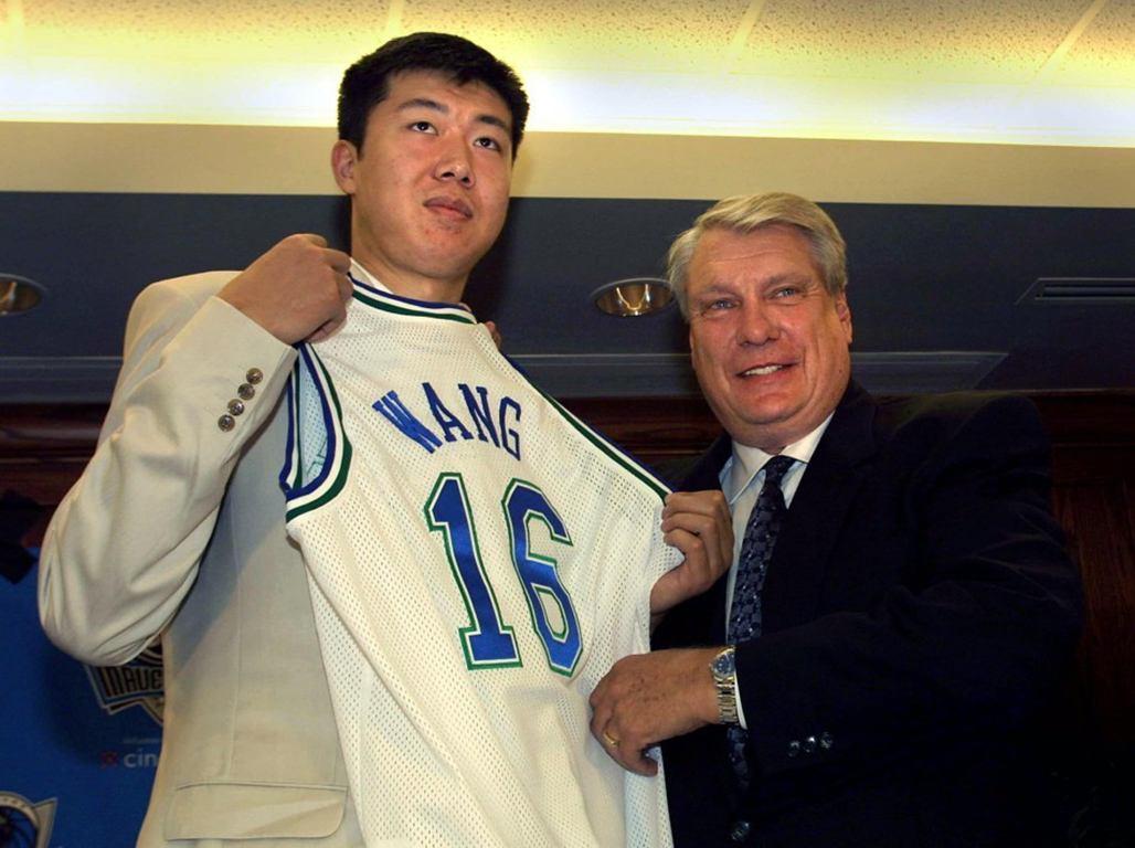 都是5年NBA生计,王治郅一共赚了520万美金,那易建联呢?