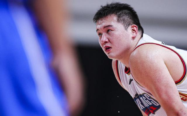 三战56分20篮板!广东旧将不负杜锋培育,感谢朱芳雨选拔