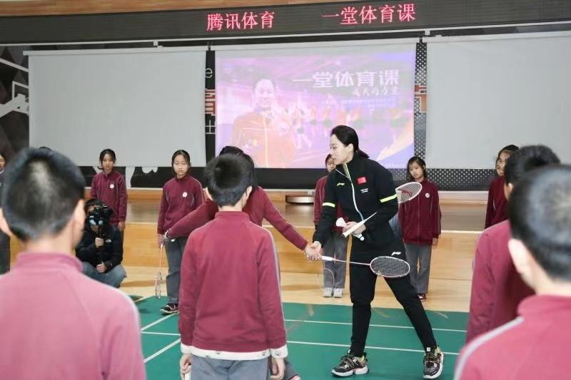 """小学生团战对决""""大魔王""""赵芸蕾,让孩子们在集体中协作成长"""