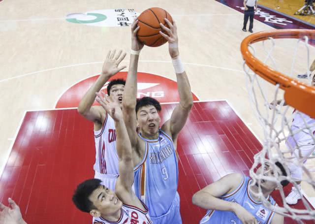   周琦一战找回巅峰状态,现在还不是间断向NBA追梦的时分!