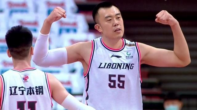 30分20板!他给王哲林上了一课 球迷:辽宁队仍然可争总冠军