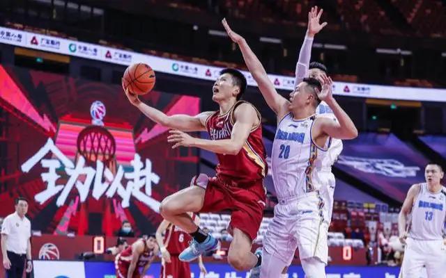 北京豪取8连胜?季后赛广东最大对手