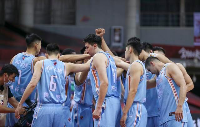 广东、新疆确定CBA前四,还有哪些球队有望获得前四?北京队最稳