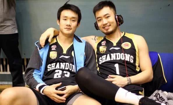 君不见前山东男篮队长睢冉,这哥们打球不怎么样
