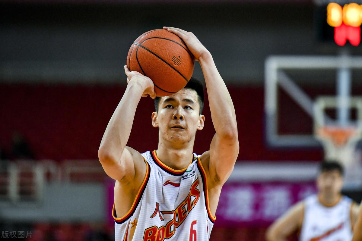 中国男篮球星又曝丑闻,多名女人爆料呵斥,网友:姚明该管管了! 