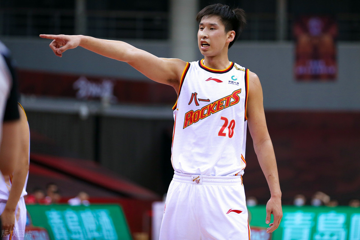 中国男篮球星又曝丑闻,多名女人爆料斥责,网友:姚明该管管了!
