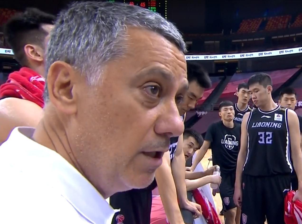 辽篮三巨子打出冠军表现,也许赵继伟更适合做首发 